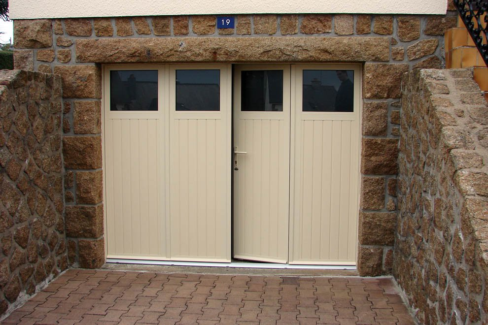 Route occasion porte garage alu for Prix porte de garage basculante sur mesure